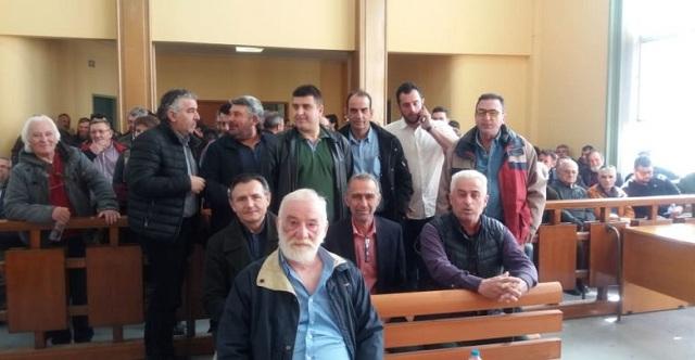 Συνεχίζεται σήμερα η δίκη αγροτών για τα μπλόκα: Διαμαρτυρία έξω από τα δικαστήρια Λάρισας