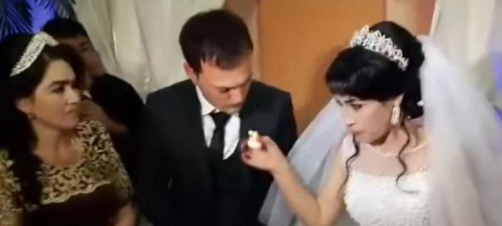 Γαμπρός ρίχνει χαστούκι στη νύφη γιατί τον πείραξε με την τούρτα