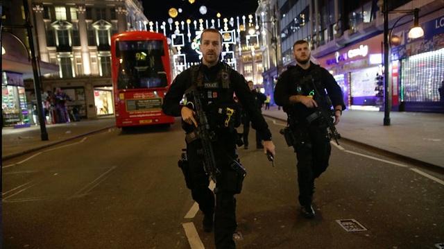 Φαύλος κύκλος αίματος στο Λονδίνο: Δύο ακόμη θύματα του «Τζακ του Αντεροβγάλτη»