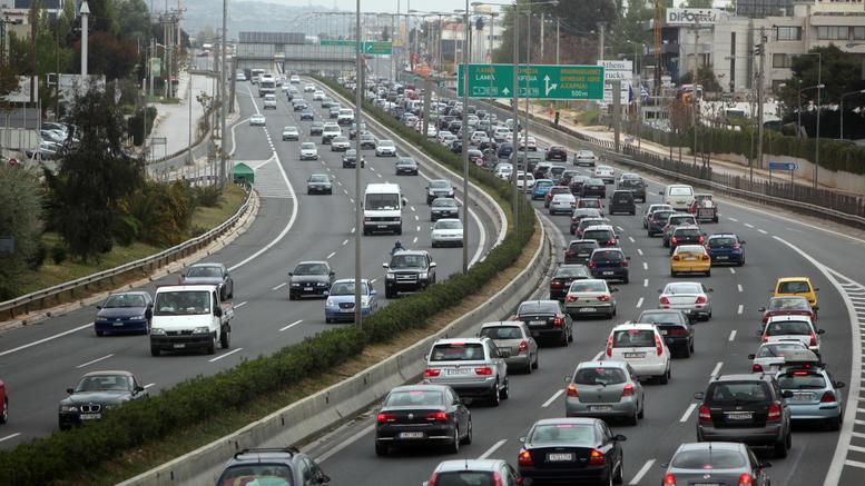 ΑΑΔΕ: Ξεκινάει σαφάρι για τα ανασφάλιστα οχήματα