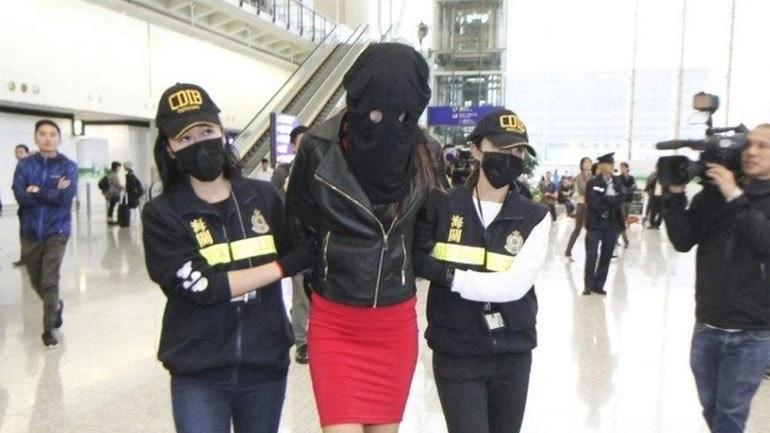 Τι κατέθεσαν οι τελωνειακοί στη δίκη της Ειρήνης που συνελήφθη στο Χονγκ Κονγκ με κοκαΐνη