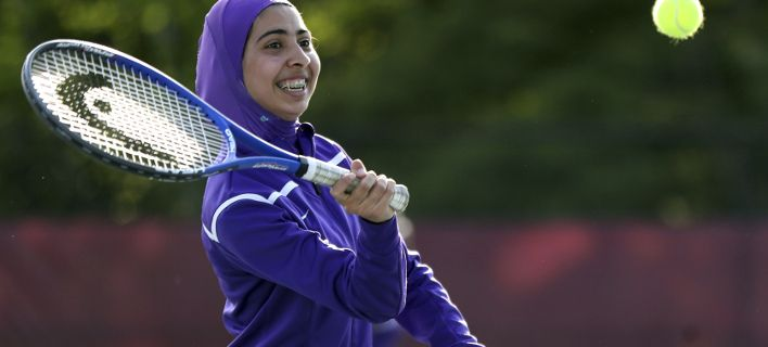 Διχάζει τους Γάλλους το χιτζάμπ για γυναίκες αθλήτριες -Αποσύρθηκε από την αγορά