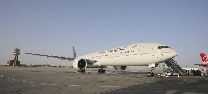 Αεροπλάνο γύρισε πίσω επειδή μητέρα ξέχασε το μωρό της στο αεροδρόμιο!