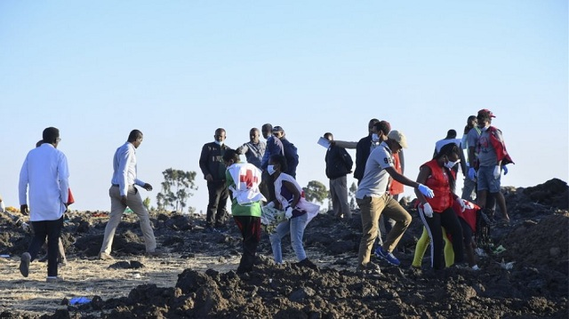 Ethiopian Airlines: Στο εξωτερικό για εξέταση τα «μαύρα κουτιά» της μοιραίας πτήσης