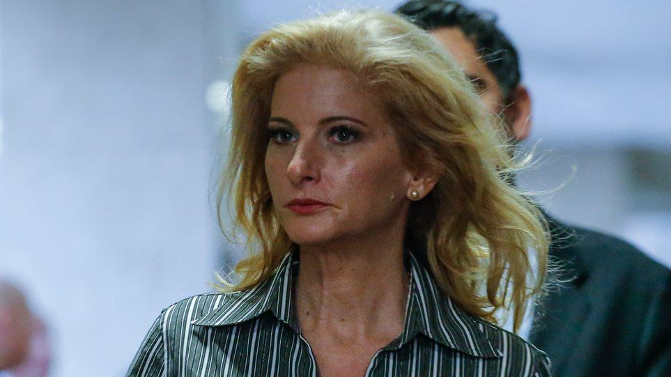 H Ελληνοαμερικανίδα Summer Zervos καθίζει στο «σκαμνί» τον Τραμπ για σεξουαλική παρενόχληση