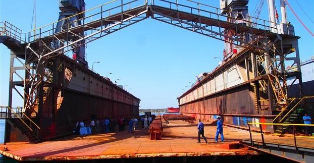 Σε αναμονή χωρίς τέλος οι επισκευαστές στο Λιμάνι του Βόλου