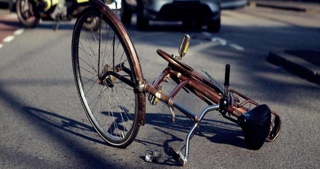 Παρέσυρε ποδηλάτη στη Ν. Ιωνία και δεν σταμάτησε να τον βοηθήσει