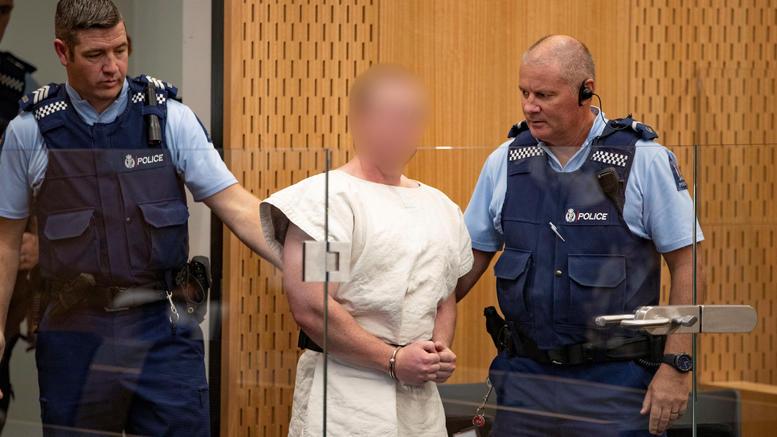 Απαθής στο δικαστήριο ο μακελάρης της Νέας Ζηλανδίας