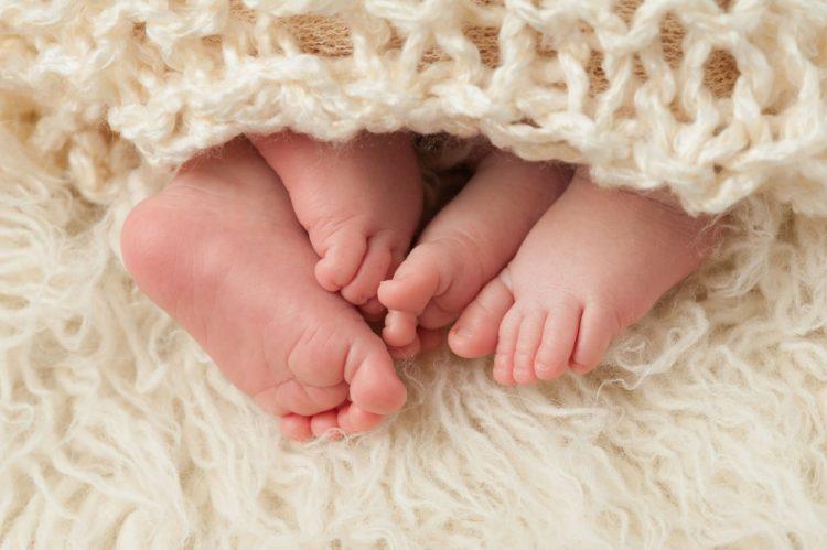 Επηρεάζεται αρνητικά το μέλλον ενός κοριτσιού αν έχει δίδυμο αδελφό!