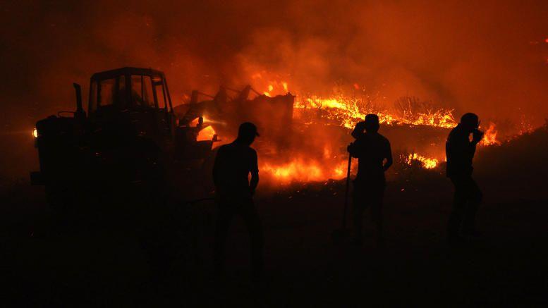 Σε εξέλιξη πυρκαγιά σε δασική έκταση στα Τέμπη
