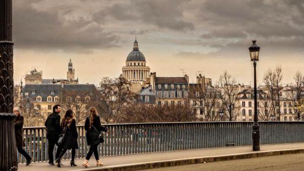 Παρίσι, Χονγκ Κονγκ, Σιγκαπούρη οι ακριβότερες πόλεις για να ζει κανείς