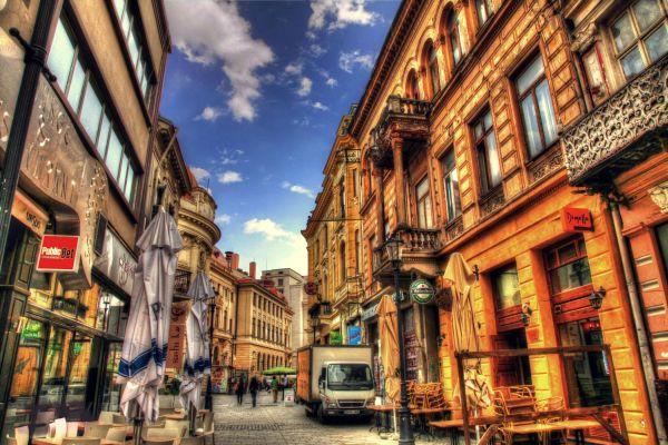 Μαγεύτηκαν από το Βουκουρέστι
