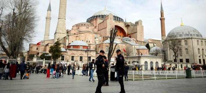 Τουρκία: 18 δικηγόροι καταδικάστηκαν για «τρομοκρατία»