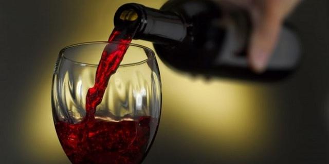 Διαρρήκτες με γούστο: «Ξάφρισαν» 300 φιάλες σπάνιου κρασιού από οινοποιείο