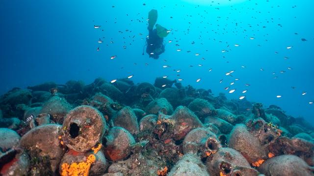 Ξενάγηση στο υποβρύχιο μουσείο της Περιστέρας στην Αλόννησο