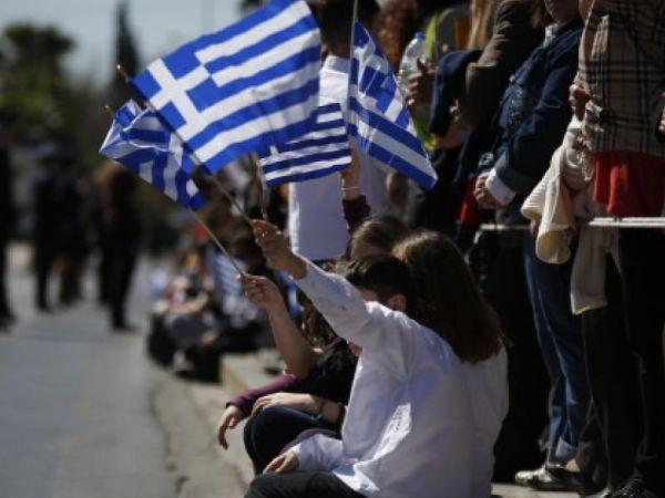 Η Κατερίνα Παπανάτσιου στην παρέλαση ~ Θα εκπροσωπήσει την κυβέρνηση στο Βόλο