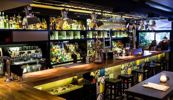 Grooove: Το καλύτερο μπαρ στην Ελλάδα ~ Κατέκτησε την κορυφή της εστίασης