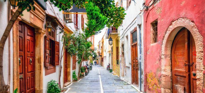 Ενα ελληνικό νησί στους τοπ-5 προορισμούς στον κόσμο: Αφησε πίσω Ν.Υόρκη και εξωτικά νησιά