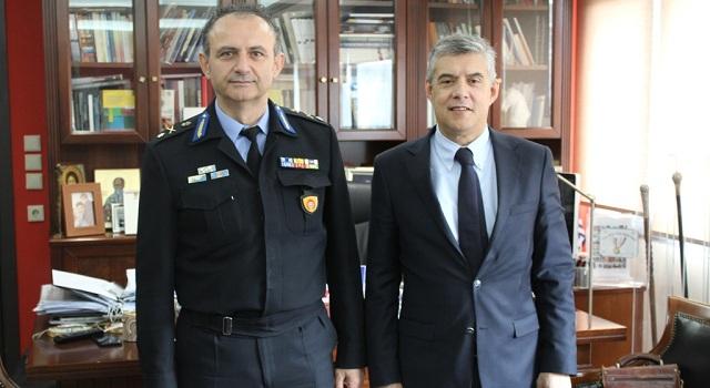 Συνάντηση Περιφερειάρχη με τον νέο Περιφερειακό Διοικητή Πυροσβεστικής Θεσσαλίας