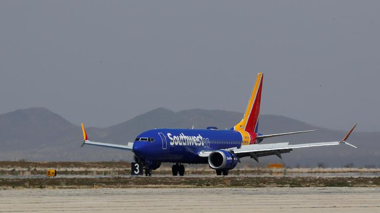 Αναγκαστική προσγείωση Boeing 737 MAX 8 στην Φλόριντα