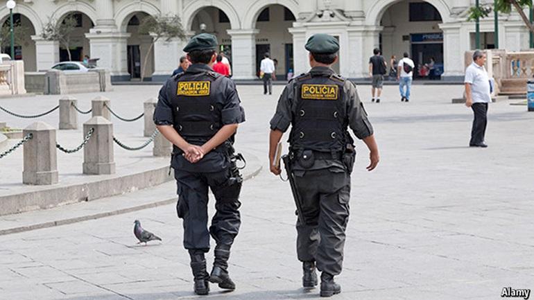 Πέντε συλλήψεις στο Περού για τον ομαδικό βιασμό μιας νεαρής ψυχοπαθούς