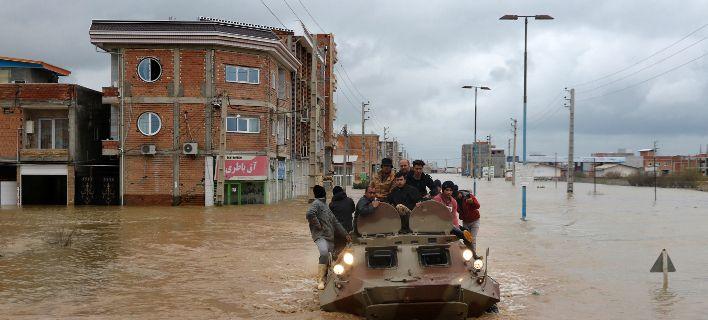 Ιράν: Πάνω από 40 οι νεκροί από τις φονικές πλημμύρες
