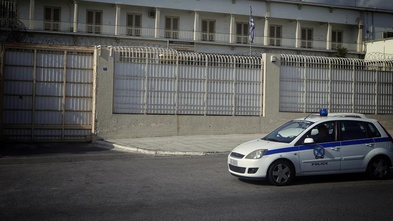 Μαφία Κορυδαλλού: Σχεδίαζαν να μαχαιρώσουν Βορίδη και Φλώρο στη δίκη