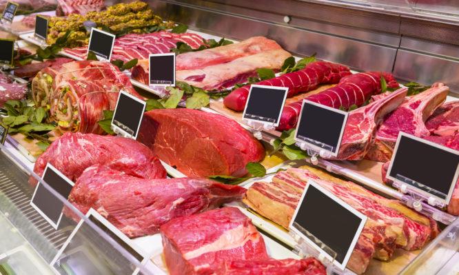 Κρέας και πουλερικά: Τι δείχνει το χρώμα. Πότε είναι υγιεινό και πότε επικίνδυνο [πλήρης οδηγός]