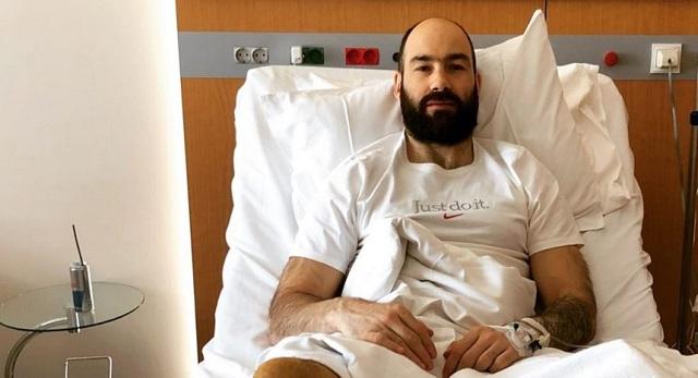 Βασίλης Σπανούλης: Το πρώτο μήνυμά του και φωτογραφίες μετά το χειρουργείο