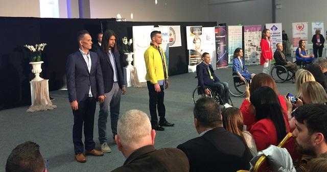 Εννέα κορυφαίοι αθλητές και 15 μοντέλα στο fashion show στον Βόλο