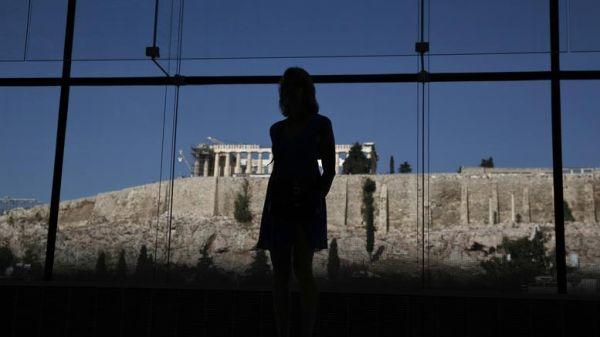 Rheinische Post: «Κίνδυνος υποτροπής του Έλληνα ασθενή»