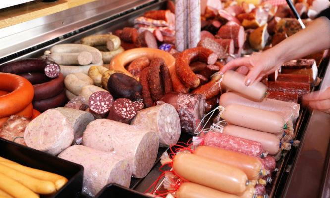Άσθμα: Κίνδυνος από τα αλλαντικά. Τι έχει δείξει επιστημονική έρευνα