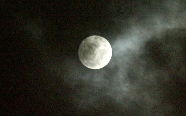 Το ανησυχητικό φαινόμενο με τις νύχτες στην Ελλάδα: Τί έδειξε έρευνα