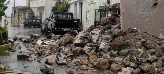 Κακοκαιρία στην Κρήτη: Κατέρρευσε σπίτι από την μανία του νερού