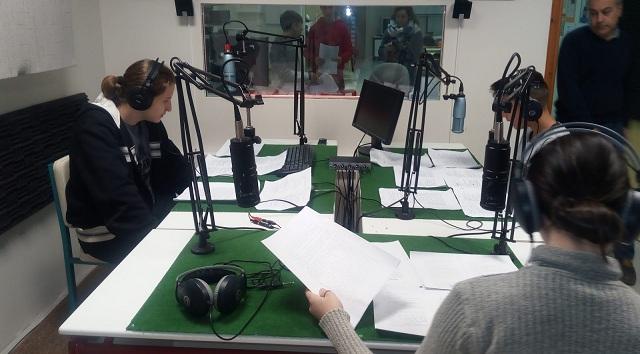 Μαθητές διηγούνται ραδιοφωνικές ιστορίες