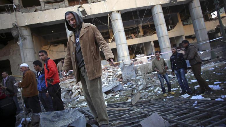 Αίγυπτος: Επίθεση αυτοκτονίας από 15χρονο με επτά νεκρούς