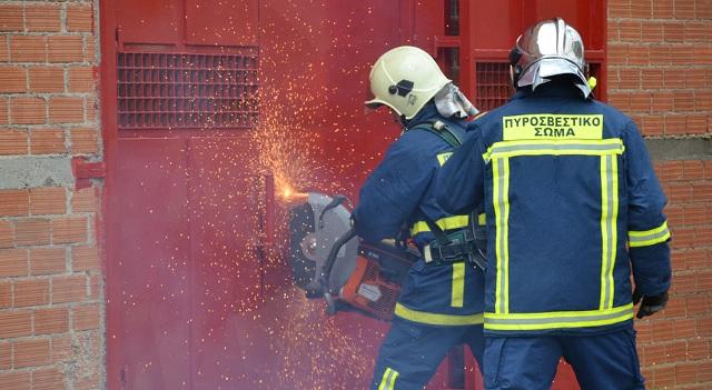 Εικόνες από την άσκηση της Πυροσβεστικής στη «Βιοκαρπέτ»