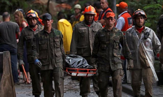 Φονικές πλημμύρες στο Ρίο ντε Τζανέιρο: Δέκα άτομα έχουν χάσει τη ζωή τους