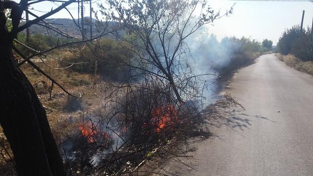Πυρκαγιές, σχεδόν ταυτόχρονα, σε Ν. Αγχίαλο και Λαμπινού