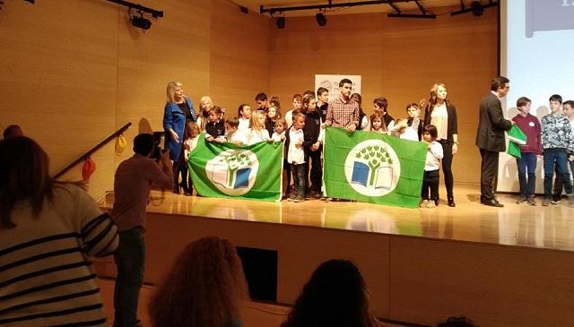 Υψωσαν πράσινη σημαία τα παιδιά του «Αξιον Εστί»