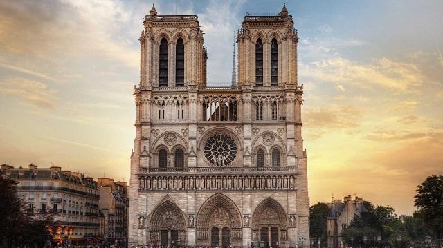 Επιστολή Κ. Αγοραστού σε Εμμ. Μακρόν για τη Notre-Dame