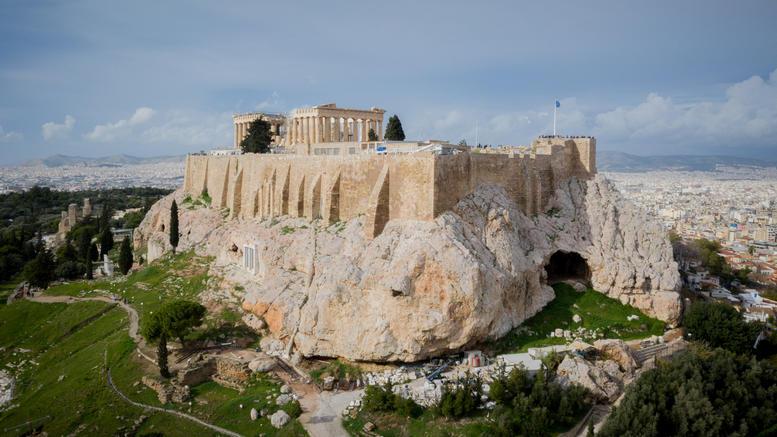 Προληπτική εκκένωση της Ακρόπολης