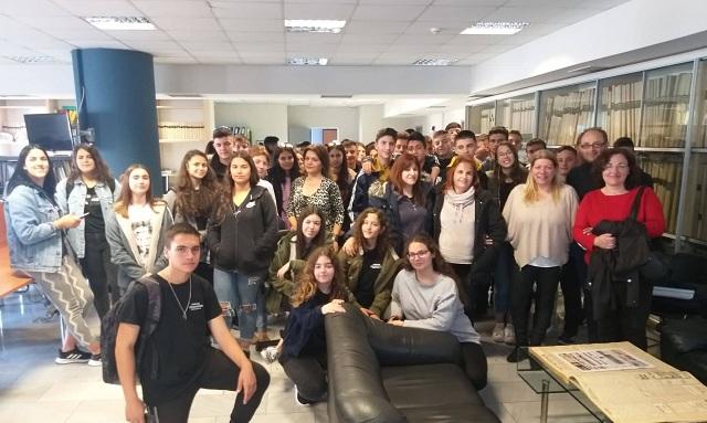 Εκπαιδευτική επίσκεψη στην εφημερίδα ΤΑΧΥΔΡΟΜΟΣ από το Γυμνάσιο Σχηματαρίου