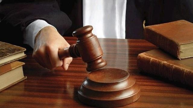 Φυλάκιση 14 μηνών σε γιατρό για αντισημιτική επιγραφή σε ιατρείο