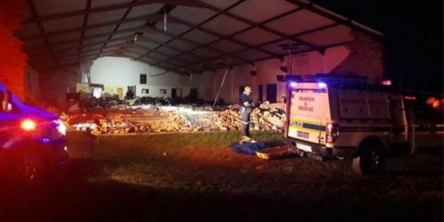 13 νεκροί και 16 τραυματίες από κατάρρευση εκκλησίας στη Νότια Αφρική [εικόνες]