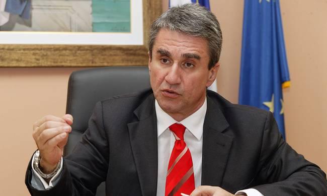 Αρση ασυλίας για Λοβέρδο και Σαλμά από τη Βουλή, μύδροι Γεννηματά-Βενιζέλου