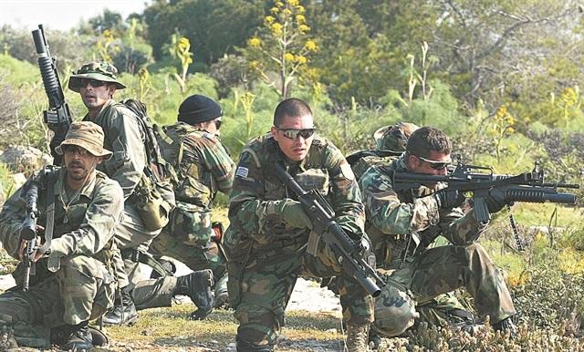 «Κομάντος» σε όλες τις Ενοπλες Δυνάμεις