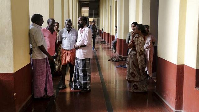 Ινδία: Δεκάδες μαθητές αυτοκτόνησαν μαζικά λόγω τεχνικού προβλήματος σε εξετάσεις