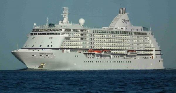 Στο Λιμάνι του Βόλου την Πέμπτη το «Seven Seas Voyager»