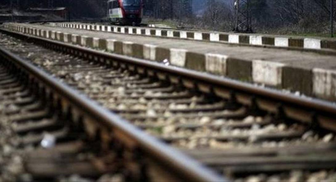 Ινδία: Τρεις νεαροί σκοτώθηκαν βγάζοντας σέλφι πάνω σε σιδηροδρομικές γραμμές